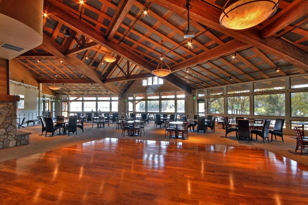 Club-House-Lounge-1