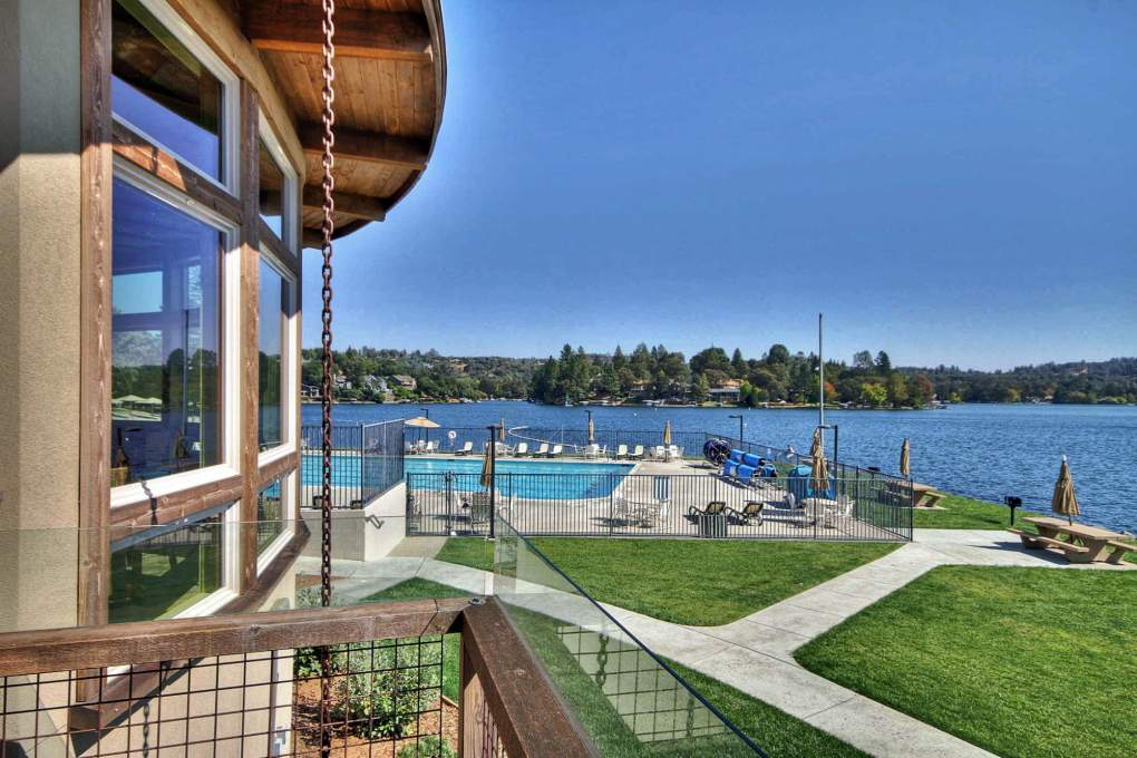 Pool-and-Lake-from-Clubhouse
